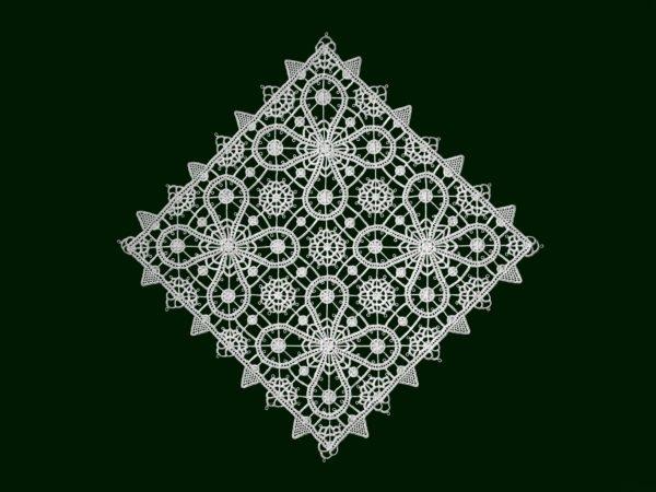 Pag lace square 16cm